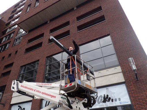 Maarssenbroek – Ritsscreen monteren met hoogwerker