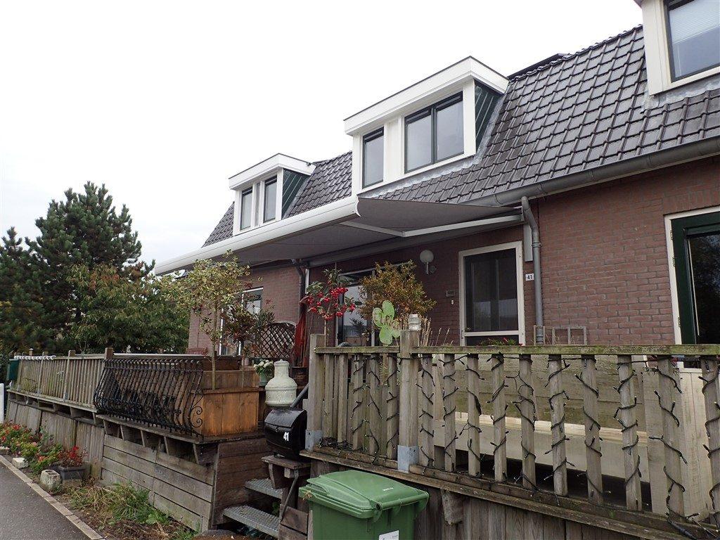 Diemen terrasscherm monteren