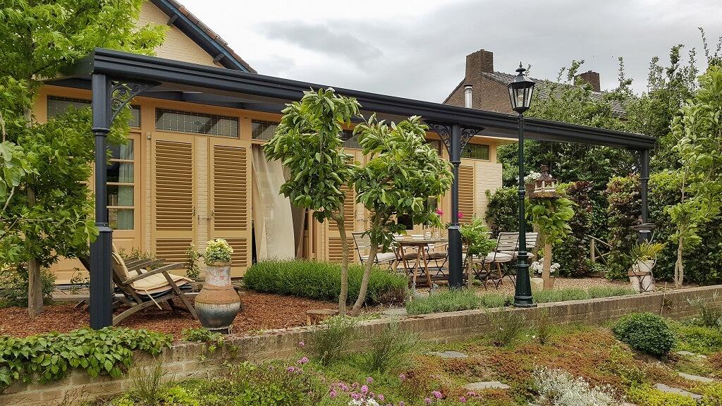 Terrasoverkapping voor tuin terras en veranda schaduw zonwering